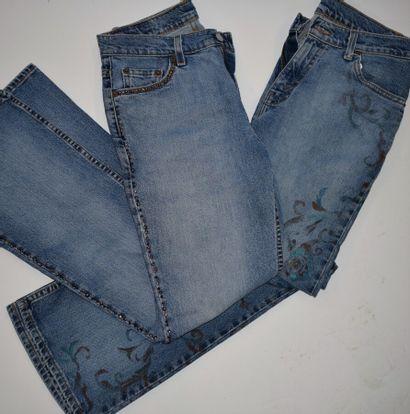 LEVI'S vintage  Lot comprenant deux jeans,...