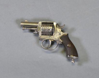 GRANDE BRETAGNE  Revolver British bulldog...