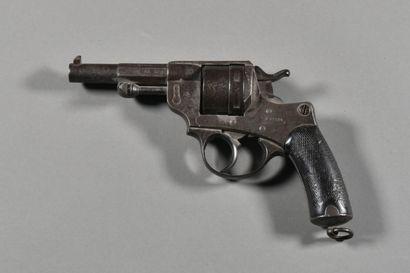 FRANCE  Revolver d'ordonnance modèle 1873...