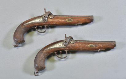 ESPAGNE  Paire de pistolets à piston