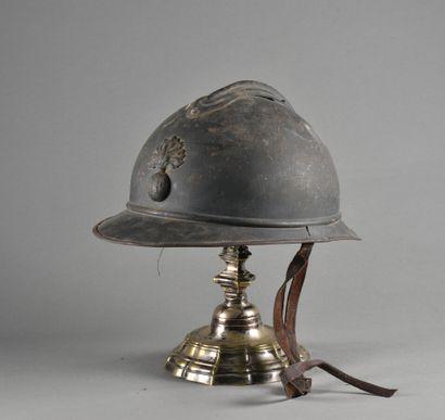 FRANCE  Casque Adrian d'Infanterie modele...