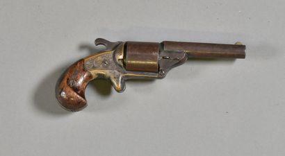 USA  Revolver Moore à canon basculant  Cadre...