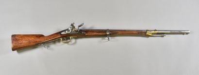 FRANCE  Fusil à silex  Monture bois à fût...
