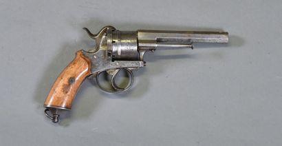 BRESIL  Revolver type Le Faucheux par VVA...