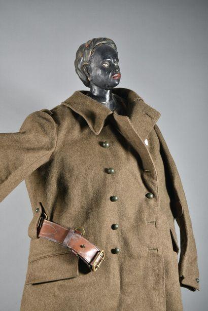 FRANCE  Capote modèle 38 troupe  En laine kaki, doublure blanche, daté 1938 et fabriqué...