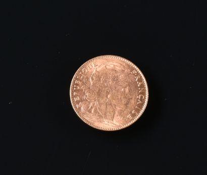 FRANCE  Une pièce de 10 Francs or, coq, 1911...