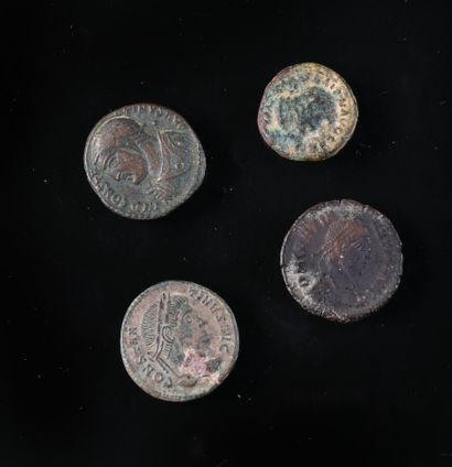 Lot de 4 monnaies: Constantin, petit bronze...