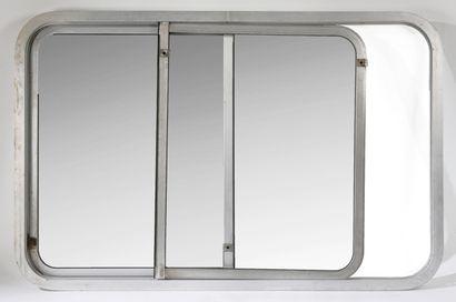 Jean Prouvé (1901-1984)  Fenêtre double coulissante,...