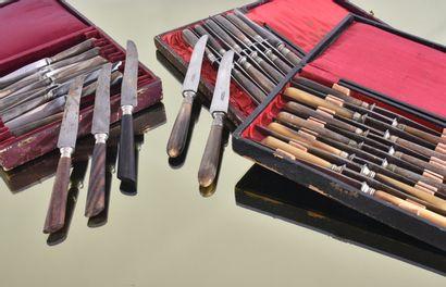 Partie de ménagère composé de :  - 10 couteaux...