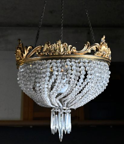 Suspension demi-sphérique à enfilage de perles...