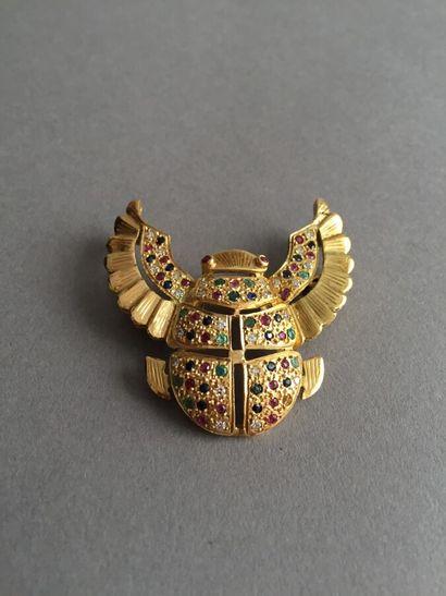 BROCHE en or 750 millièmes en forme de scarabée...