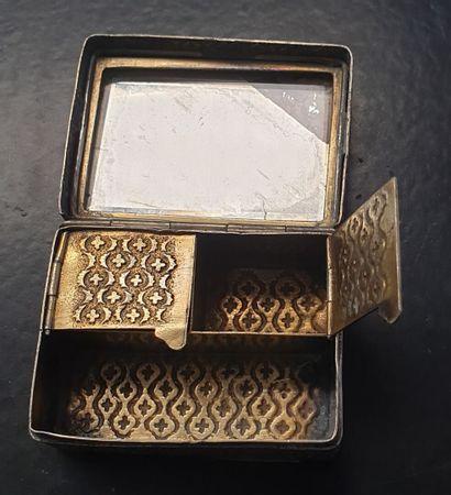 Boîte à timbres rectangulaire en argent,...