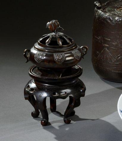 JAPON - Période EDO (1603-1868)  Petit brûle-parfums...