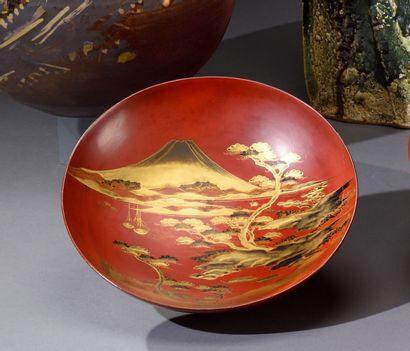 JAPON - Période MEIJI (1868-1912)  Coupe...