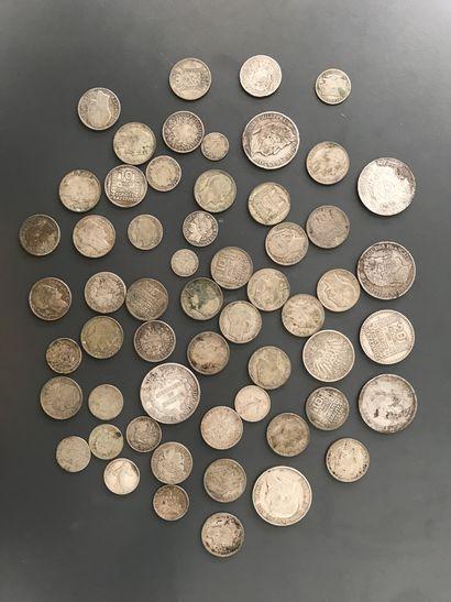 Ensemble de pièces et monnaies