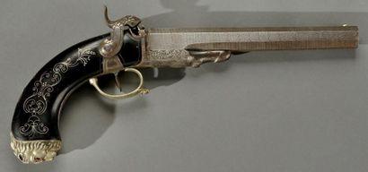Pistolet à piston à chargement par la culasse,...