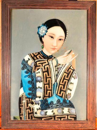 Fixé sous verre, Chine vers 1900 H. 49 cm L. 34 cm