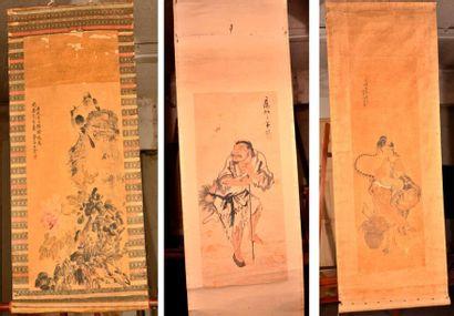 Trois peintures à l'encre et couleurs sur papier, une représentant d'une déesse...