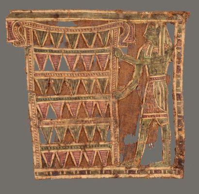 Fragment de cartonnage de momie représentant un personnage masculin vêtu d'un pagne...