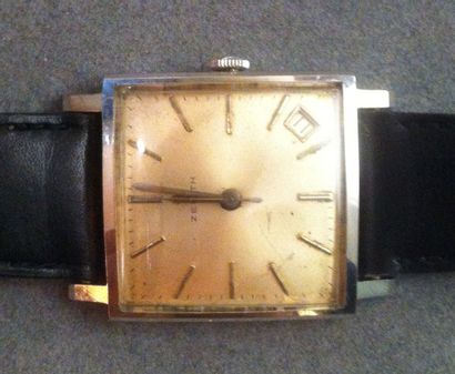 ZENITH Montre bracelet d'homme des années 60 Le boîtier carré acier, signé, indication...