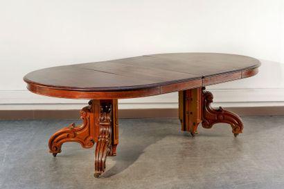 Belle table ronde en acajou massif et placage...