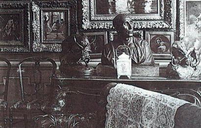 Antoine Louis Barye (1796-1875) Panthère saisissant un cerf (terrasse avec profil)...