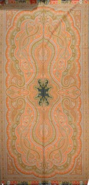 Châle cachemire long, vers 1860, réserve...