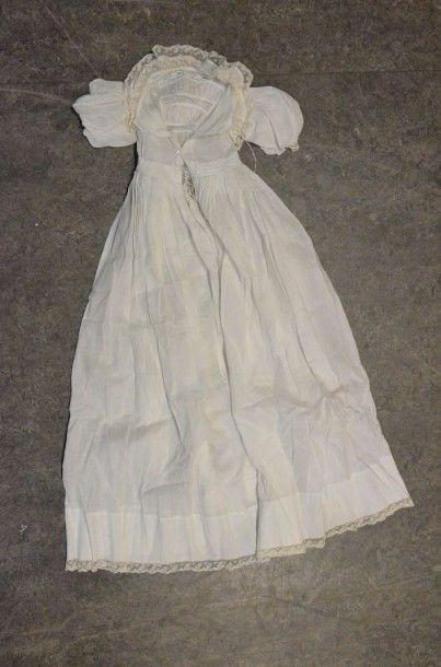 Robe de baptême, fin du XIXe siècle, en linon...