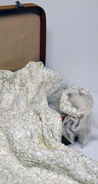 Robe de mariée griffée Jean Sully Dumas,...