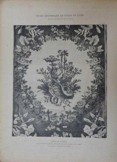 [MUSÉE HISTORIQUE DES TISSUS DE LYON] Étoffes des XVIe, XVIIe, XVIIIe siècle, Calavas,...