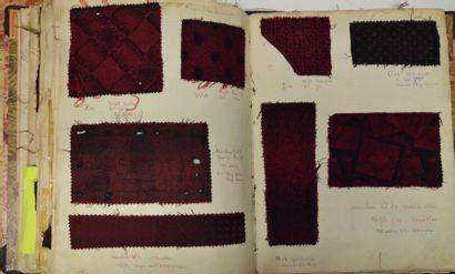 Un album de cravates et écharpes, vers 1950,...