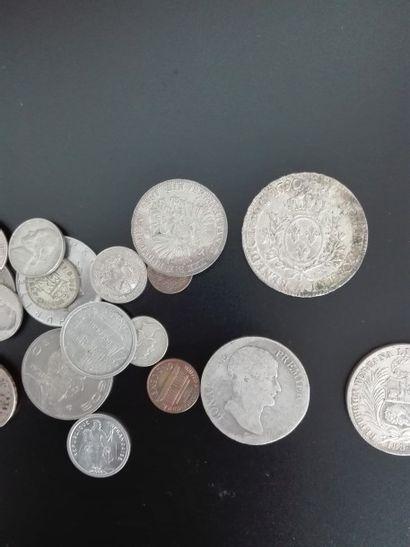 *Important lot de monnaies françaises et...