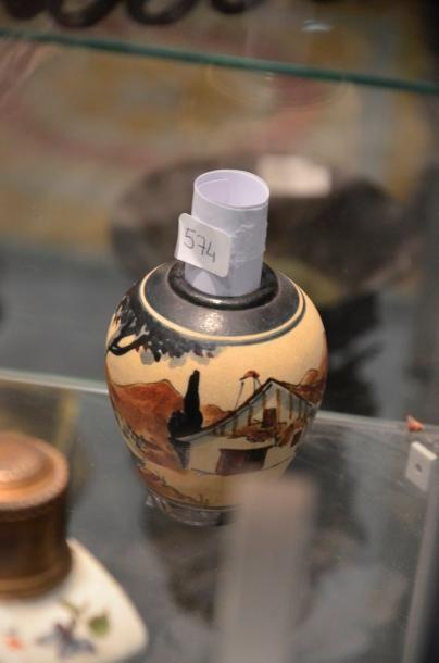 Poterie de CIBOURE  Scène basque  Vase ovoïde...