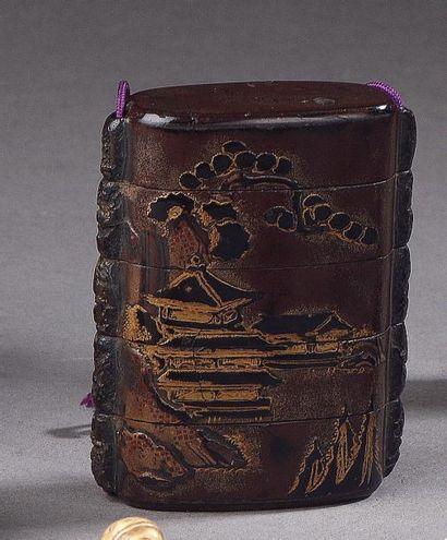 JAPON, XVIIe - XVIIIe siècle Deux inro à...