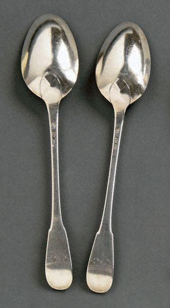 Paire de cuillères à ragoût en argent modèle uniplat, les spatules gravées CG. Grenoble,...