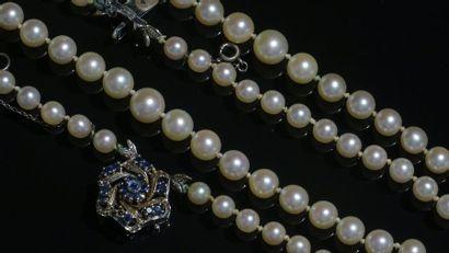 Collier double rang de perles de culture,...