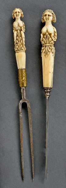 Allemagne Fourchette à deux dents, et couteau, lame en acier, dos de la lame découpé,...