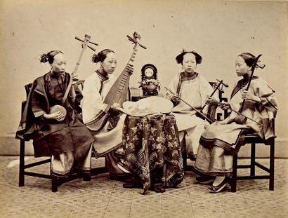 CHINE, 1876 Exceptionnel album in-folio de...