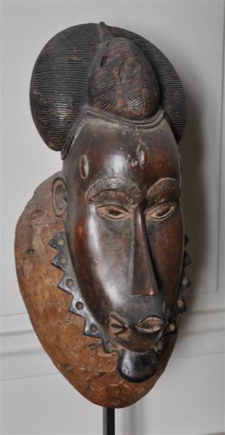 YAOURE-BAOULE - COTE D'IVOIRE Masque figurant...