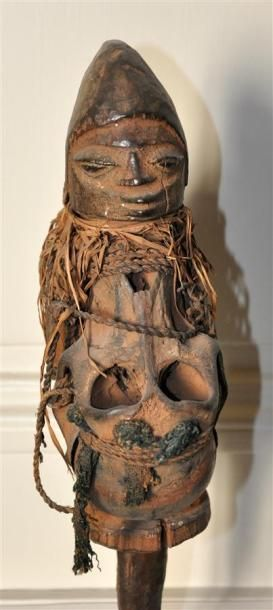 YOROUBA - NIGERIA Statuette en bois sculpté...