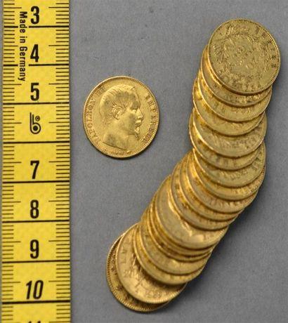 FRANCE Dix-neuf pièces de 20 francs en or...