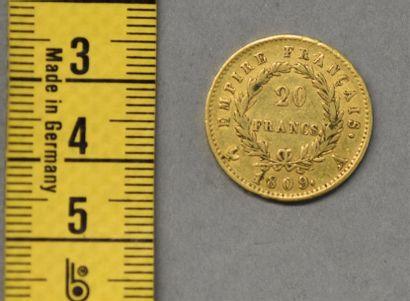 FRANCE Une pièce de 20 Francs en or Napoléon...