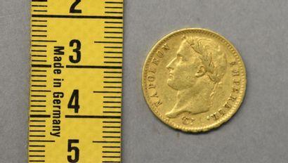 FRANCE Une pièce de 20 Francs en or Napoléon Ier tête laurée, Paris 1809 Poids 6,4...