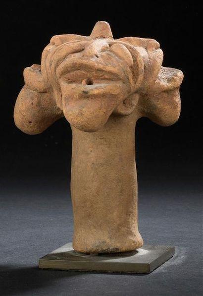 Suite de cinq sculptures Koma Ghana H. 9...