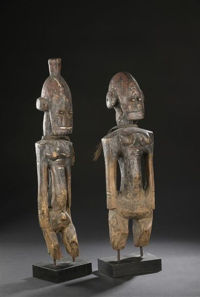 Importante paire de statues Jukun Nigeria,...
