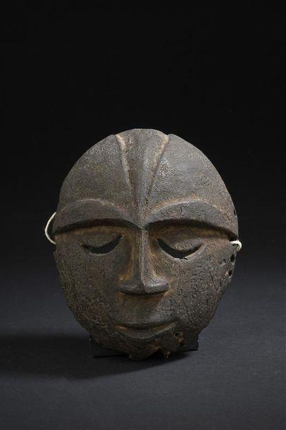 Masque Eket Nigeria H. 13,5 cm Petit masque...