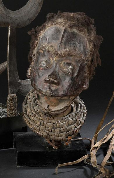 Cimier Ekoï Nigeria H. 25 cm Crâne en bois...