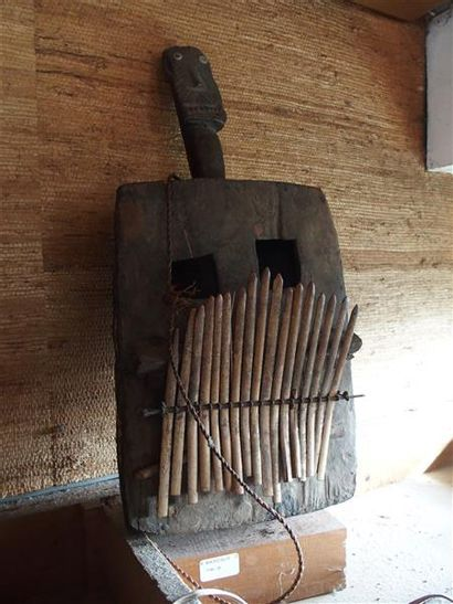 Instrument de musique Cameroun (?) H. 55...