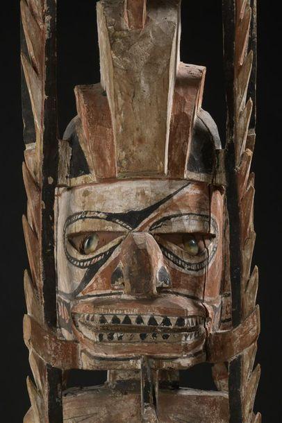 Sculpture Malagan Nouvelle-Irlande, Île du Nord H. 132 cm Provenance Collectée au...