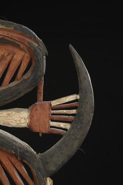 Masque Kepong Nord de la Nouvelle-Irlande H. 43 cm Provenance Collecté entre 1893...